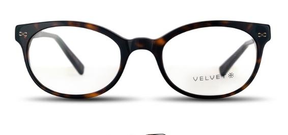 Velvet Courtney