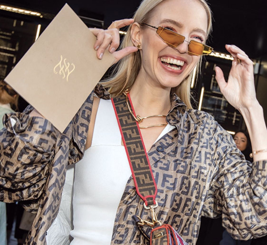 Influencer Leonie Hanne loves the Fendi 0054/S sunglasses